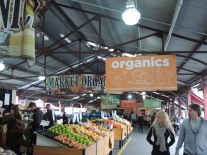 Organic Produce Queen Vic Market