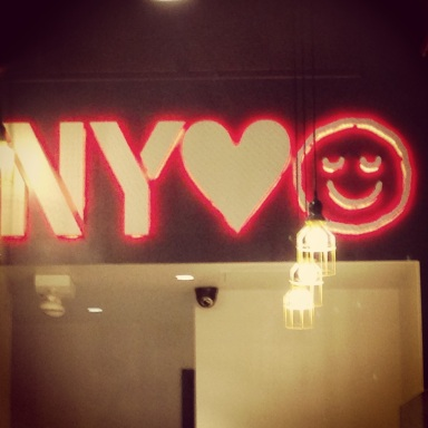 New York Loves Pie Face