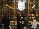 Window shopping for sweets, Vieux Lille