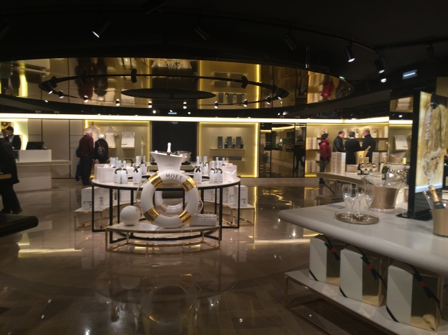 Moet & Chandon gift shop