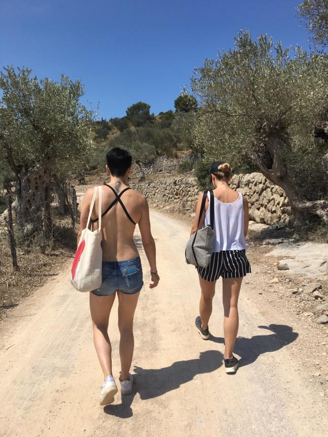 Sweating Hiking Serra de Tramuntana, Majorca